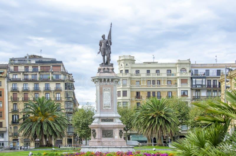Escultura de Almirante Antonio de Oquendo, San Sebastian fotografia de stock