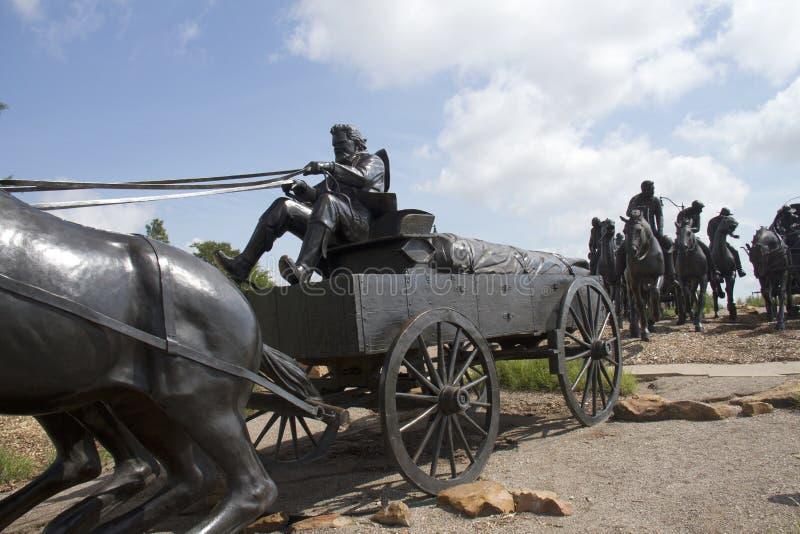 Escultura de bronce en Oklahoma imágenes de archivo libres de regalías
