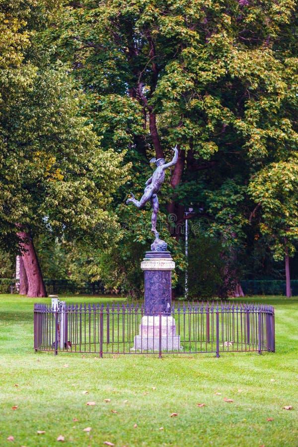 Escultura de bronze Mercury-Hermes imagem de stock royalty free