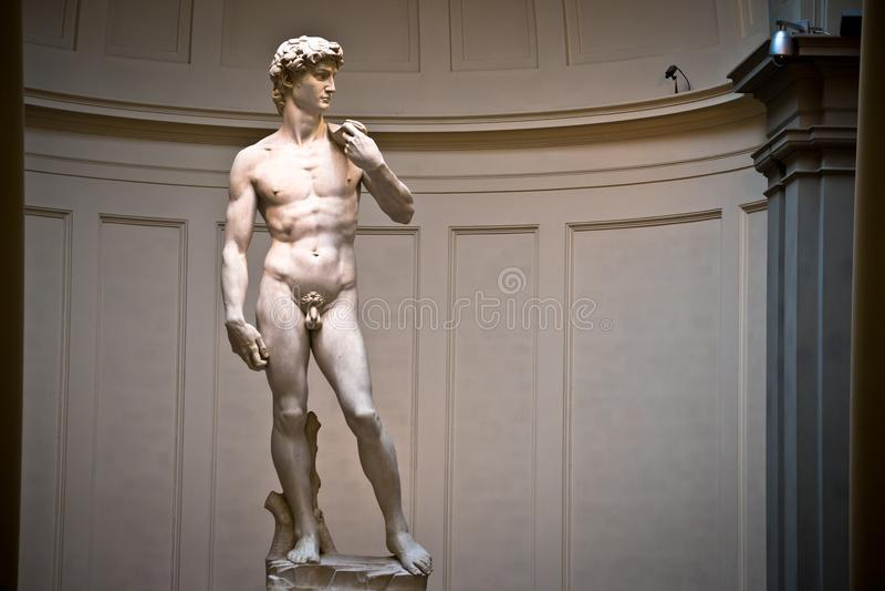 Escultura de David por wordls de Michelangelo a maioria de estátua famosa fotografia de stock royalty free