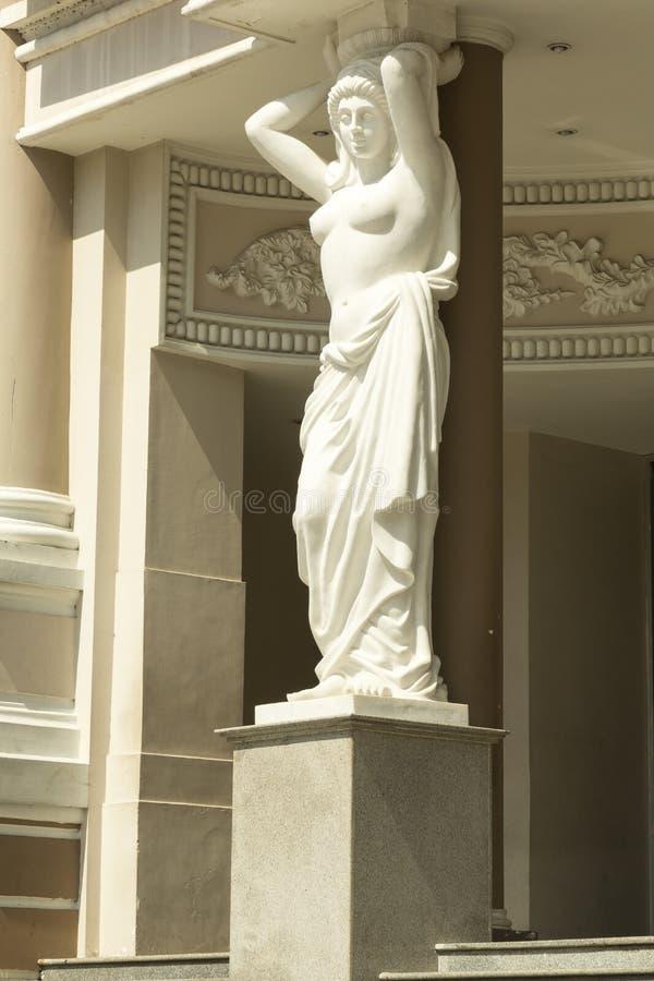 Escultura de la mujer imágenes de archivo libres de regalías
