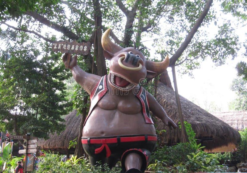 Escultura de la vaca sagrada en China foto de archivo libre de regalías