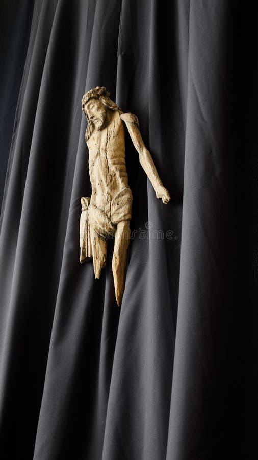 Escultura de madeira de Jesus fotografia de stock royalty free