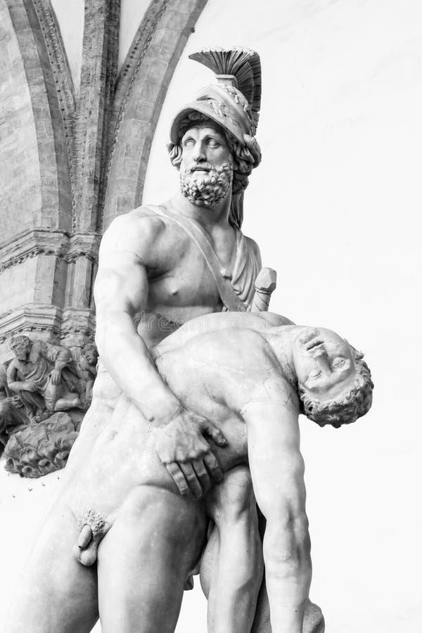 Escultura de Menelaus que apoia o corpo de Patroclus foto de stock royalty free