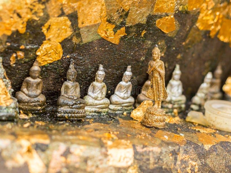 Escultura de Mini Buddha imagens de stock