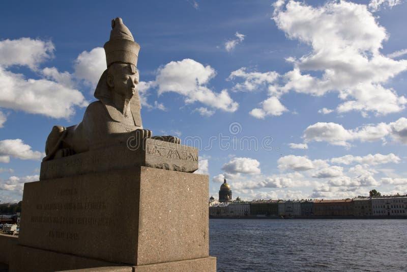 A escultura de pedra do sphinx foto de stock royalty free