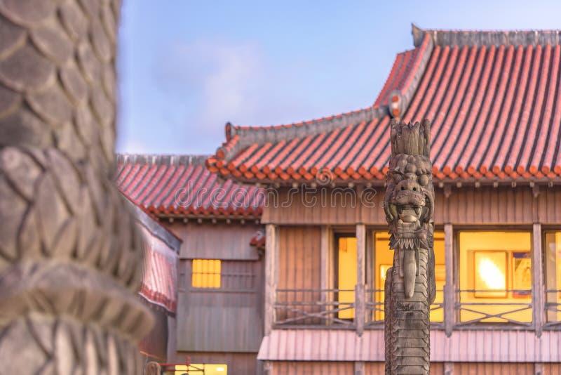 Escultura de pedra dos drag?es do castelo de Shuri na vizinhan?a de Naha, a capital de Shuri de Okinawa Prefecture, Jap?o imagem de stock royalty free