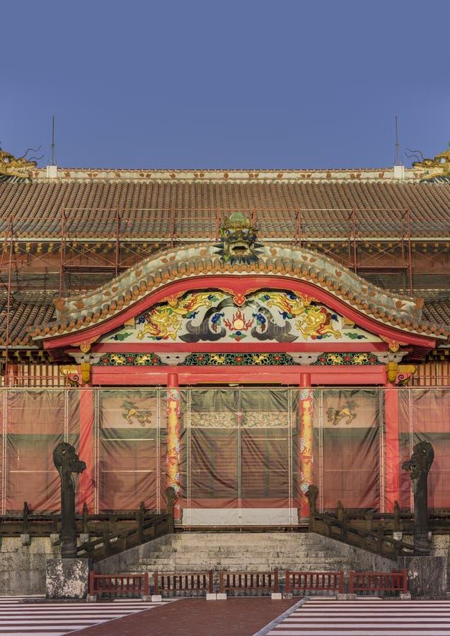 Escultura de pedra dos drag?es do castelo de Shuri na vizinhan?a de Naha, a capital de Shuri de Okinawa Prefecture, Jap?o fotografia de stock royalty free