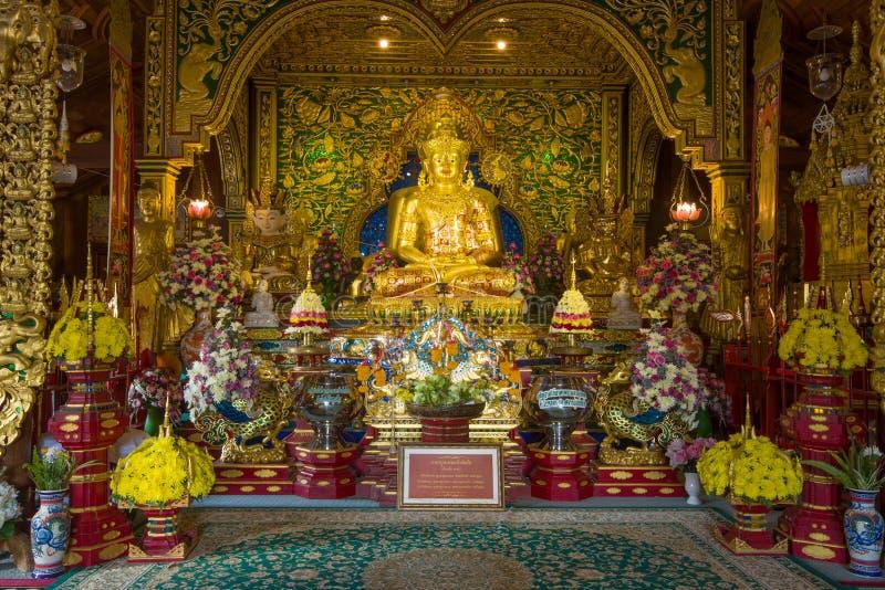 Escultura de rey Mengrai, Wat Ming Muang fotografía de archivo libre de regalías