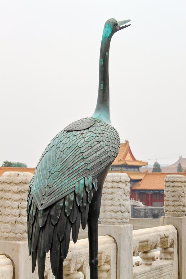 Escultura de um pássaro na Cidade Proibida, Pequim, China foto de stock royalty free
