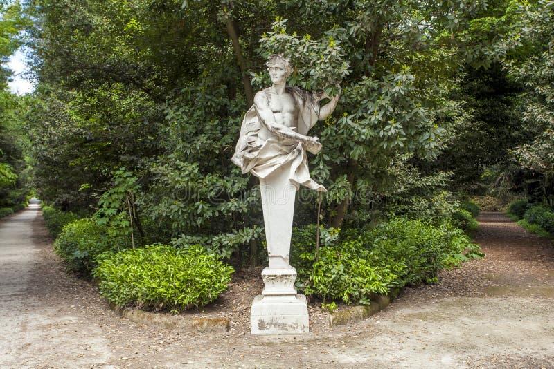 Escultura del palacio real de Caserta imagen de archivo