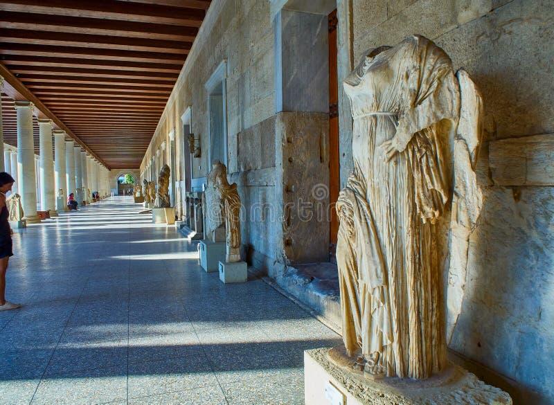 Escultura do Afrodite em Stoa de Attalos Ágora antiga de Atenas Attica, Grécia fotografia de stock royalty free