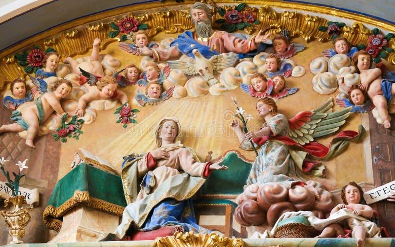 Escultura do aviso na catedral de Burgos fotos de stock royalty free
