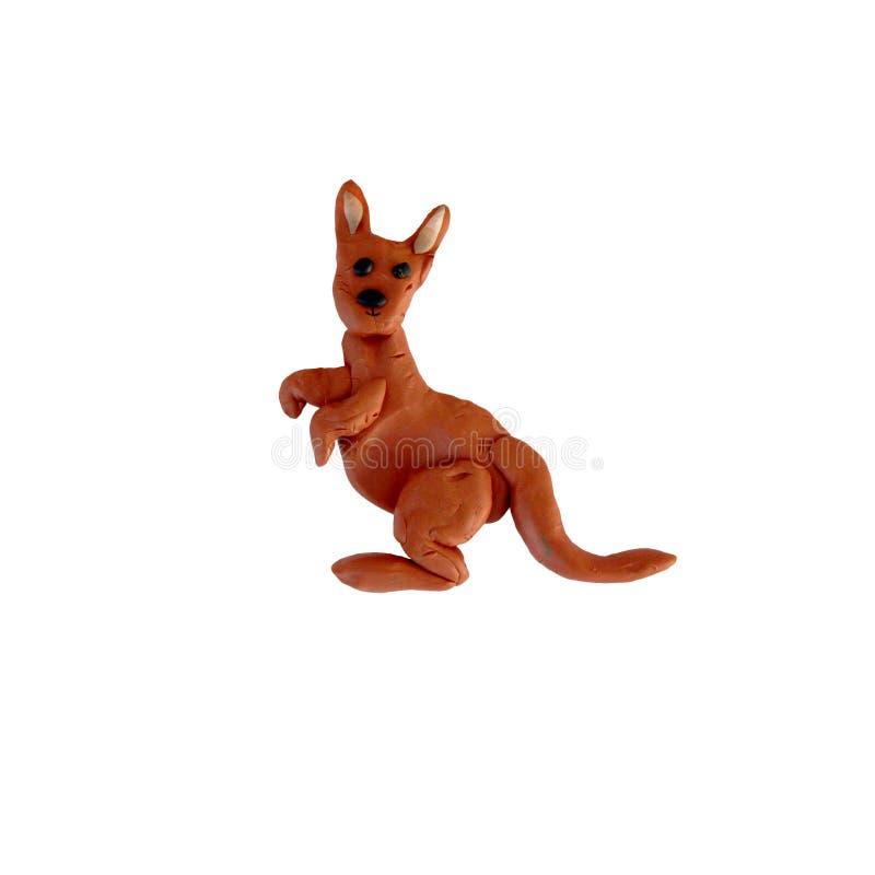 Escultura do canguru da massa de modelar isolada imagens de stock royalty free