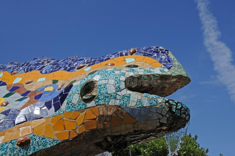 Escultura do dragão em Barcelona fotos de stock