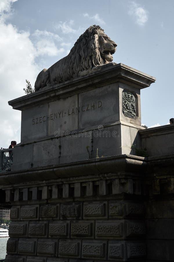 Escultura do leão no grupo fotografia de stock