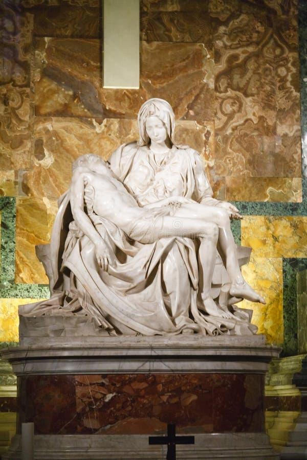 Escultura do Pieta foto de stock royalty free