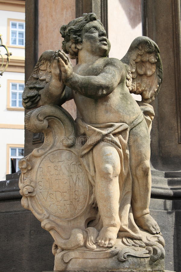 Escultura do querubim foto de stock royalty free