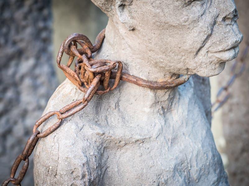 Escultura dos escravos na cidade de pedra, Zanzibar imagens de stock royalty free