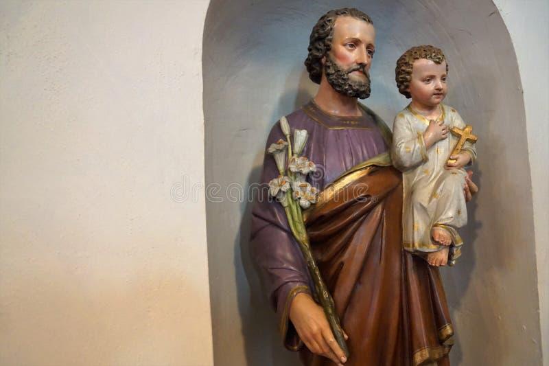 Escultura em uma igreja em Engen em Alemanha imagem de stock royalty free