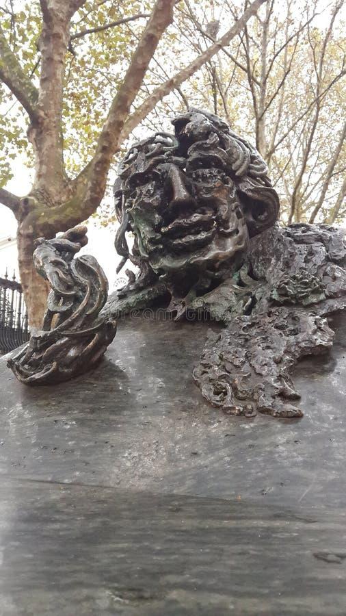 Escultura en Londres central Oscar Wilde fotografía de archivo