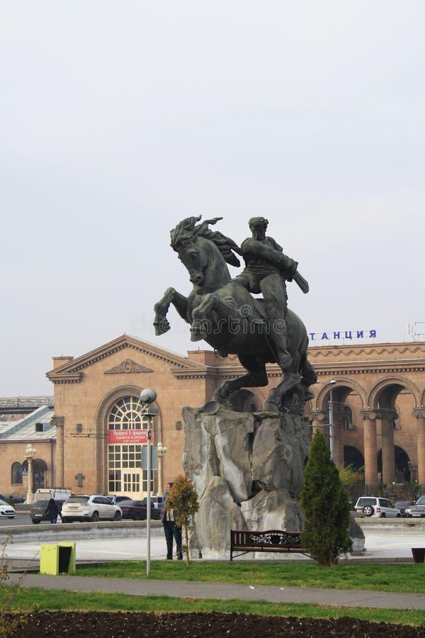 Escultura equestre de David Sasuntsi, herói nacional armênio r fotografia de stock