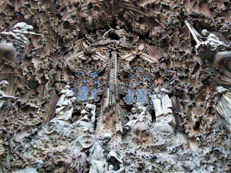 escultura hermosa de la catedral de Barcelona fotos de archivo libres de regalías
