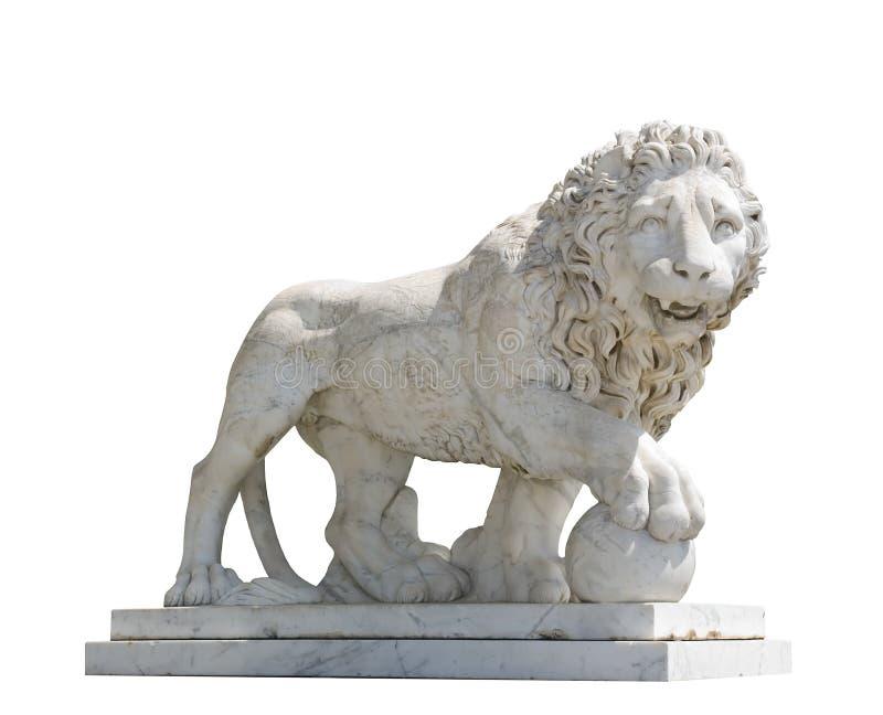 Escultura isolada de um leão fotografia de stock royalty free