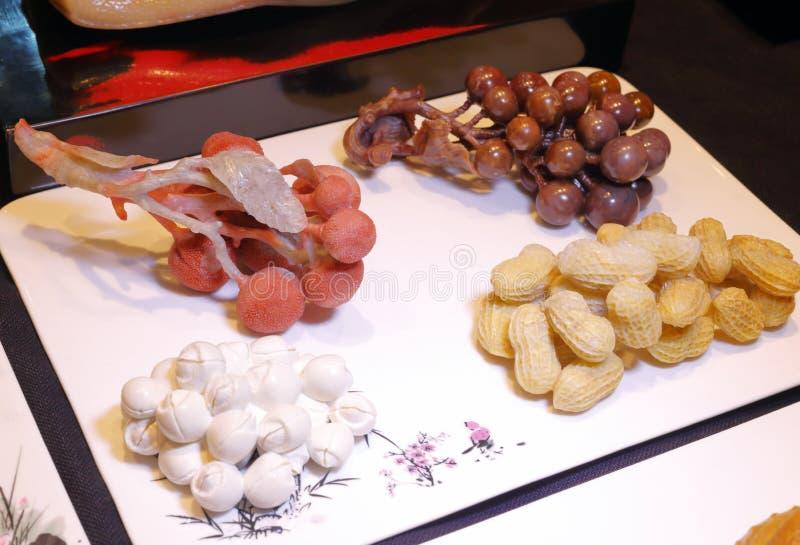 Escultura natural de la comida, adobe rgb imagen de archivo