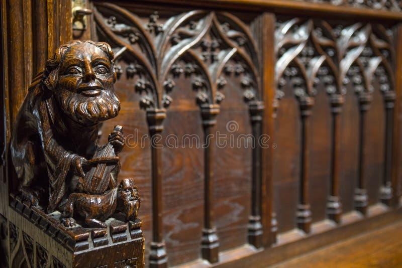 Escultura tallada de madera en Chester Cathedral fotografía de archivo