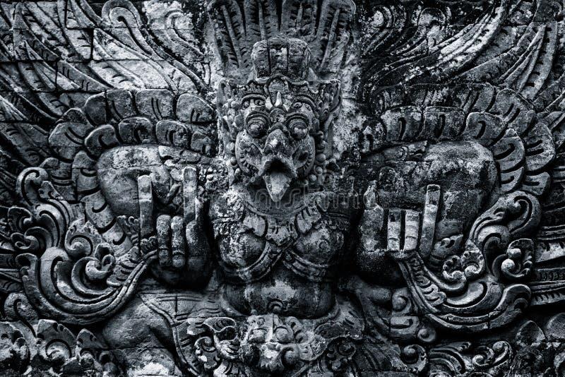 Escultura tradicional dos templos em Bali, Indonésia imagem de stock royalty free