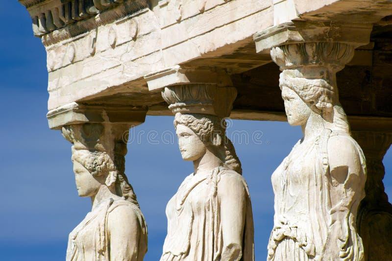 Esculturas da cariátide, acrópole de Atenas, Grécia fotos de stock