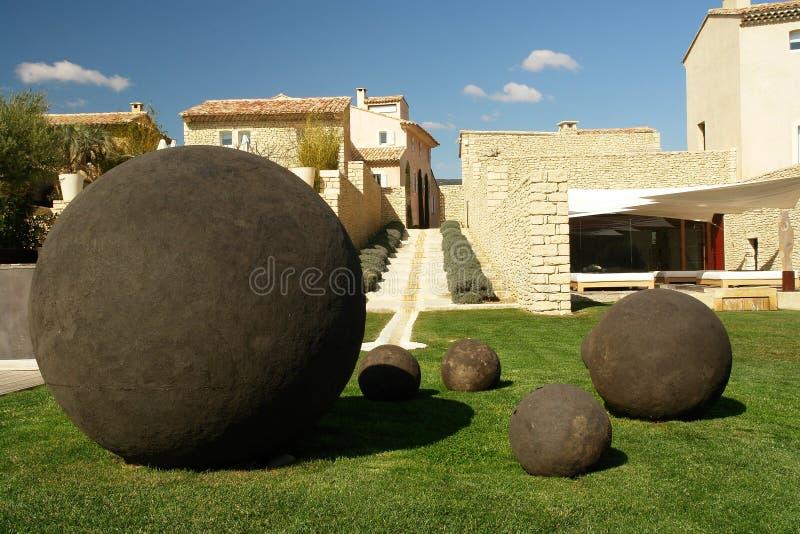 Esculturas de la bola fotos de archivo