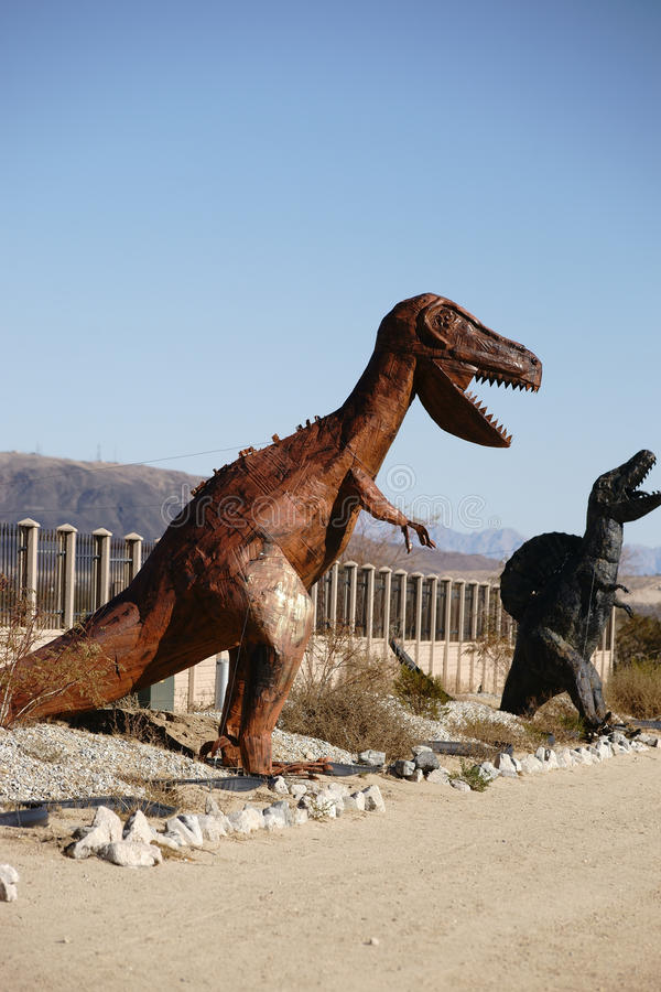 Esculturas do dinossauro fotos de stock