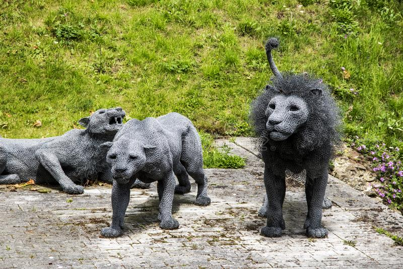 Esculturas do leão na torre de Londres em Londres Inglaterra fotos de stock royalty free