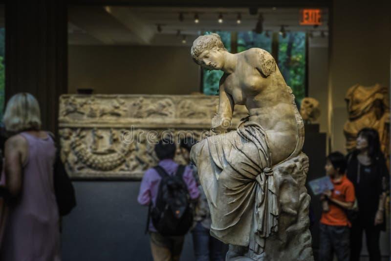 Esculturas en el museo de arte metropolitano, Nueva York imagen de archivo