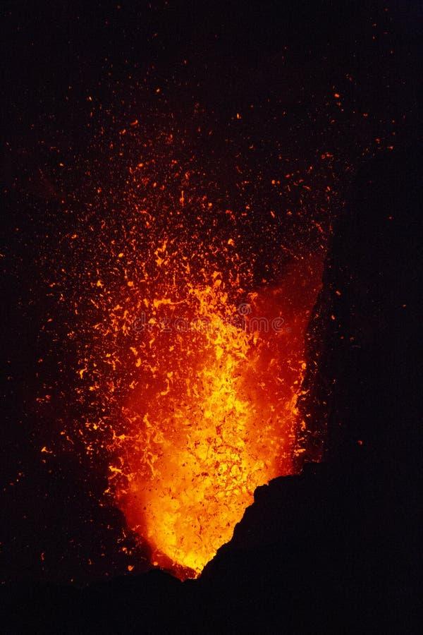 Escupitajo de la lava imágenes de archivo libres de regalías