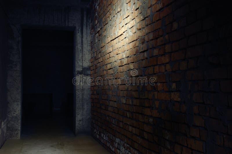 Escuridão no interior imagens de stock