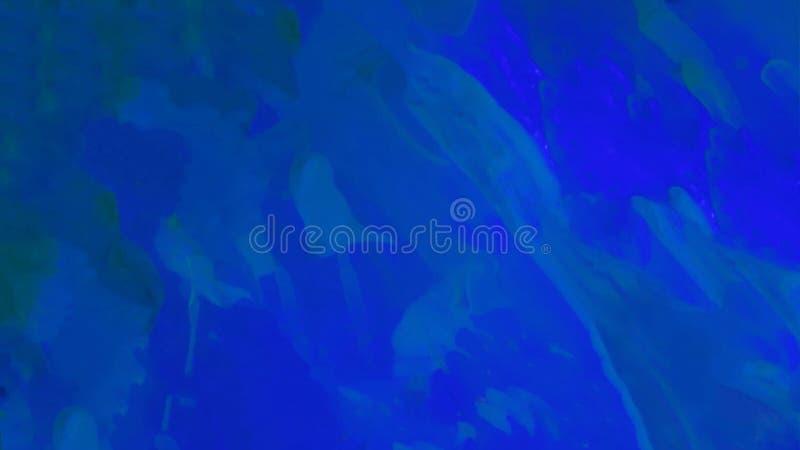 Escuro abstrato - fundo azul com pintura acrílica Raias líquidas verticais dos azuis celestes com manchas Divórcios fluidos de né ilustração do vetor