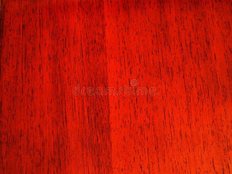 Escuro - grão de madeira vermelha foto de stock