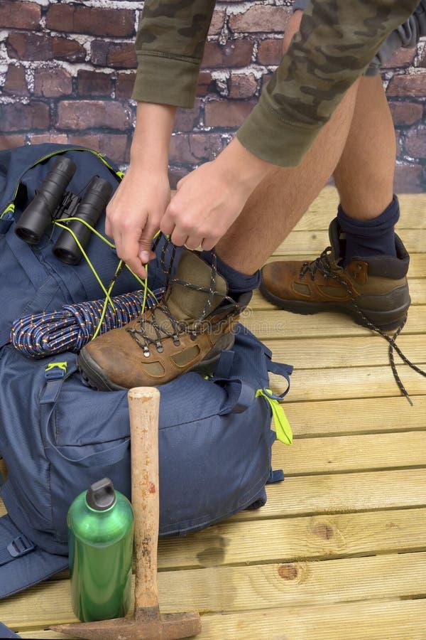 Escursione attrezzatura, Zaino, gli stivali e dello zaino immagini stock libere da diritti