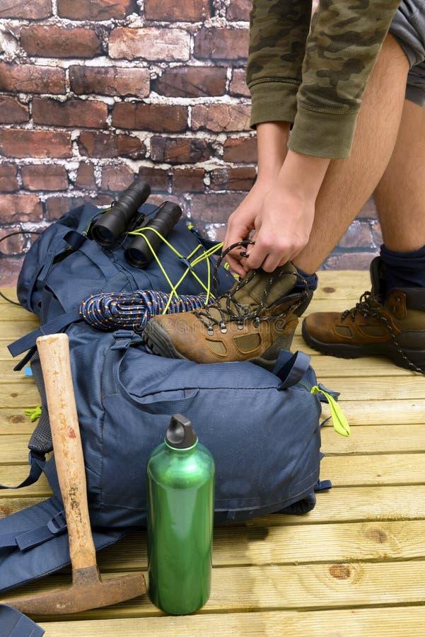 Escursione attrezzatura, Zaino, gli stivali e dello zaino immagine stock
