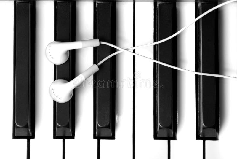 Escuta a música do piano imagens de stock royalty free