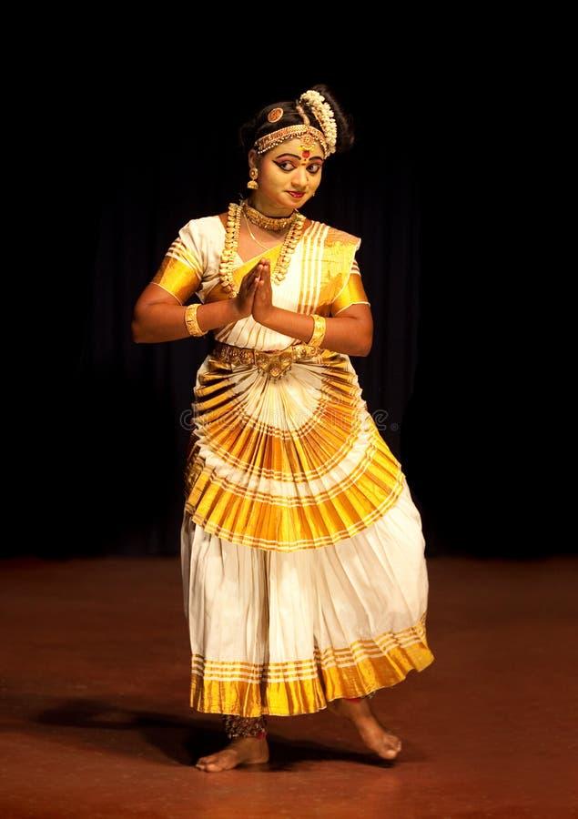 Esecutore di Mohiniyattam (ballo del enchantress) immagine stock