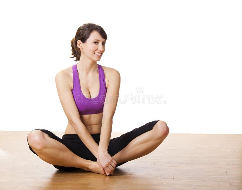 Esercizi di yoga fotografie stock libere da diritti