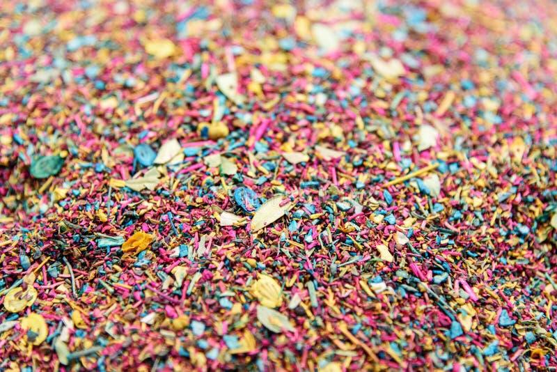 Esfand lösa Rue Seeds är ett aromatiskt kärnar ur gemensamt van vid skapar rökelse Örter i storslagen basar i Tabriz iran royaltyfria bilder
