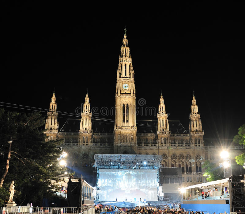 A esfera da vida na cidade salão de Viena fotos de stock royalty free