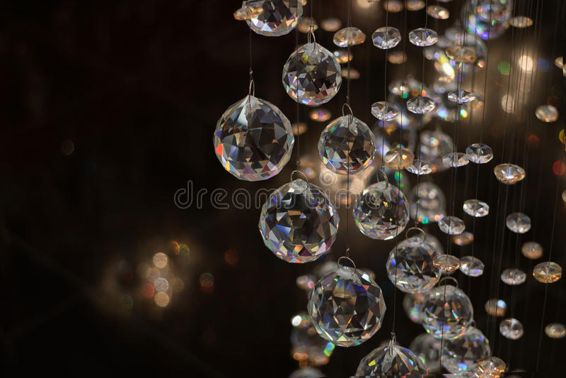Esfera de Cristall na obscuridade foto de stock royalty free