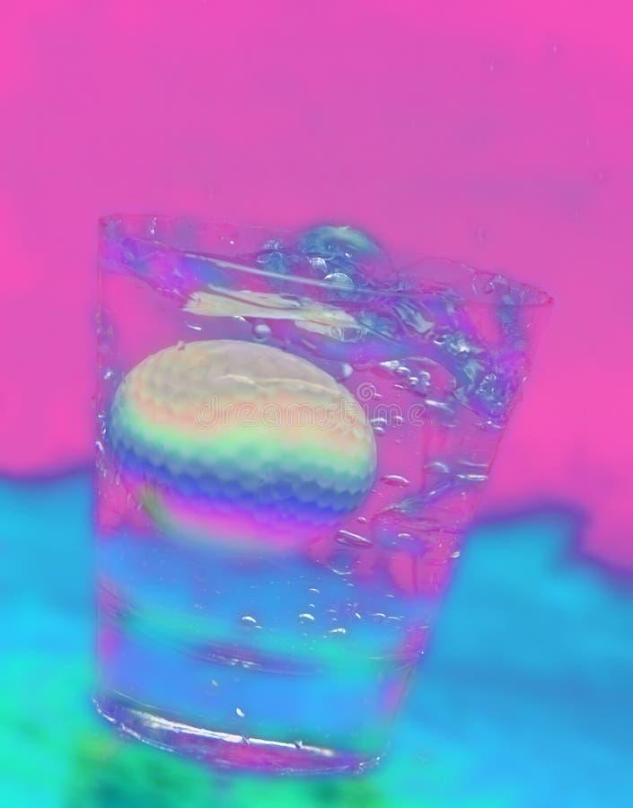 Esfera de golfe abstrata na bebida fotos de stock