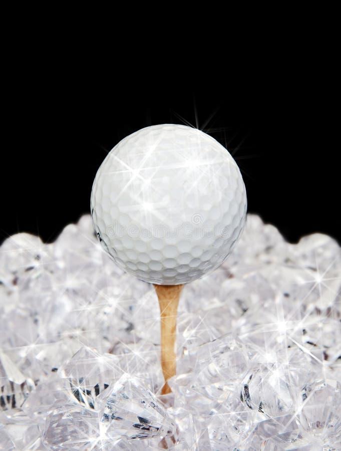 Esfera de golfe no T nos diamantes fotos de stock